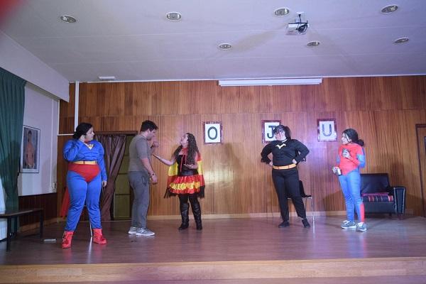 Los superhéroes en acción