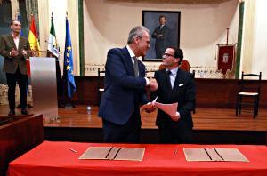 El Aula de Flamenco Diputaci�n de Badajoz-Uex inicia ?su contribuci�n al patrimonio cultural de nuestro pa�s?