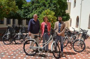 La Residencia Universitaria Hern�n Cort�s renueva el servicio gratuito de pr�stamo de bicicletas