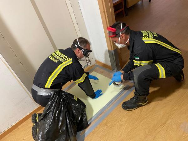 Los bomberos de la Diputación han actuado en limpieza y desinfección en 16 edificios de la provincia