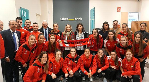 Imagen de la noticia: El Santa Teresa de fútbol femenino, que patrocina ...