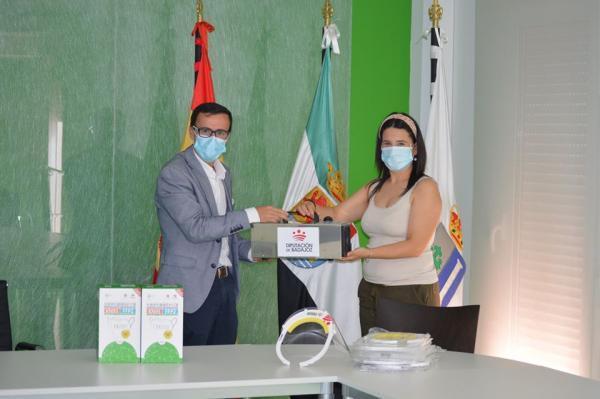 Visita del presidente de la Diputación a Valdivia y La Coronada