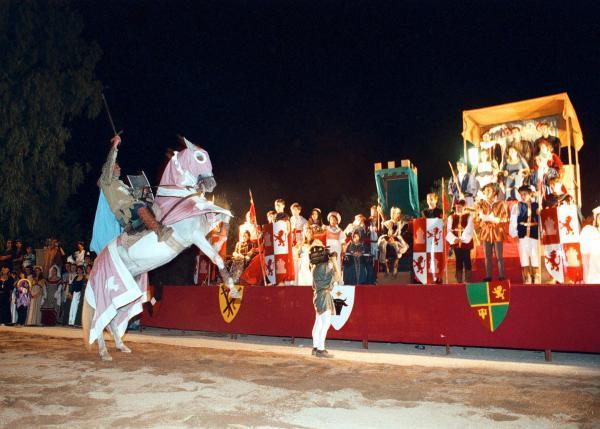 La Diputación de Badajoz concede 623.000 euros en subvenciones a los ayuntamientos para actividades culturales y fiestas populares