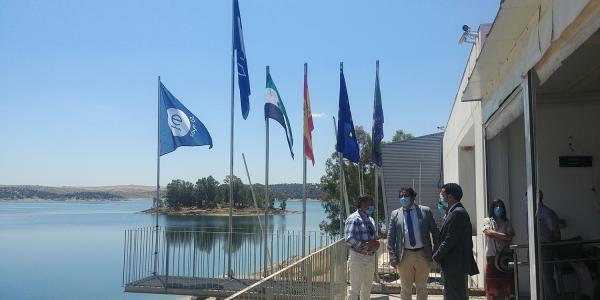 Orellana iza sus banderas azules con la puesta en marcha de un sistema de gestión inteligente implantado por la Diputación de Badajoz