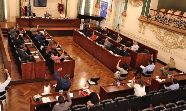 Imagen de la noticia: La Diputación de Badajoz aprueba tres modificacio ...