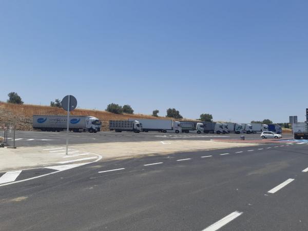 La Diputación de Badajoz finaliza las obras de mejora de accesibilidad a San Pedro de Mérida por la avenida Juan de Ávalos
