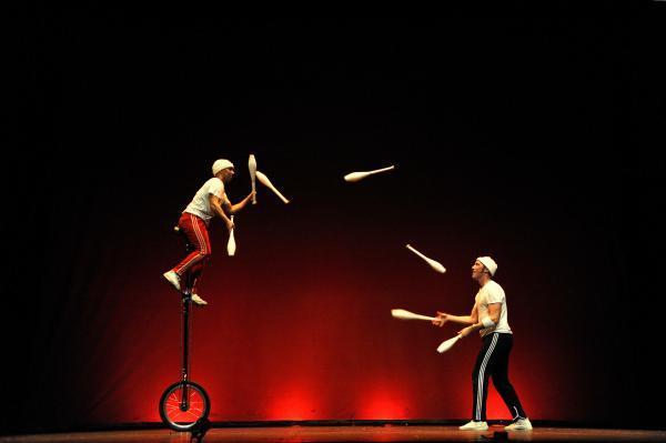 Imagen de la noticia: El II Festival de Circo de la Diputación de Badaj ...