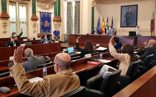 Imagen de la noticia: Luz verde de la Diputación de Badajoz a la cesió ...