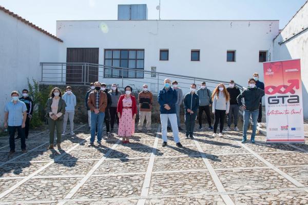 Imagen de la noticia: Inaugurada en Cabeza la Vaca la acción formativa  ...