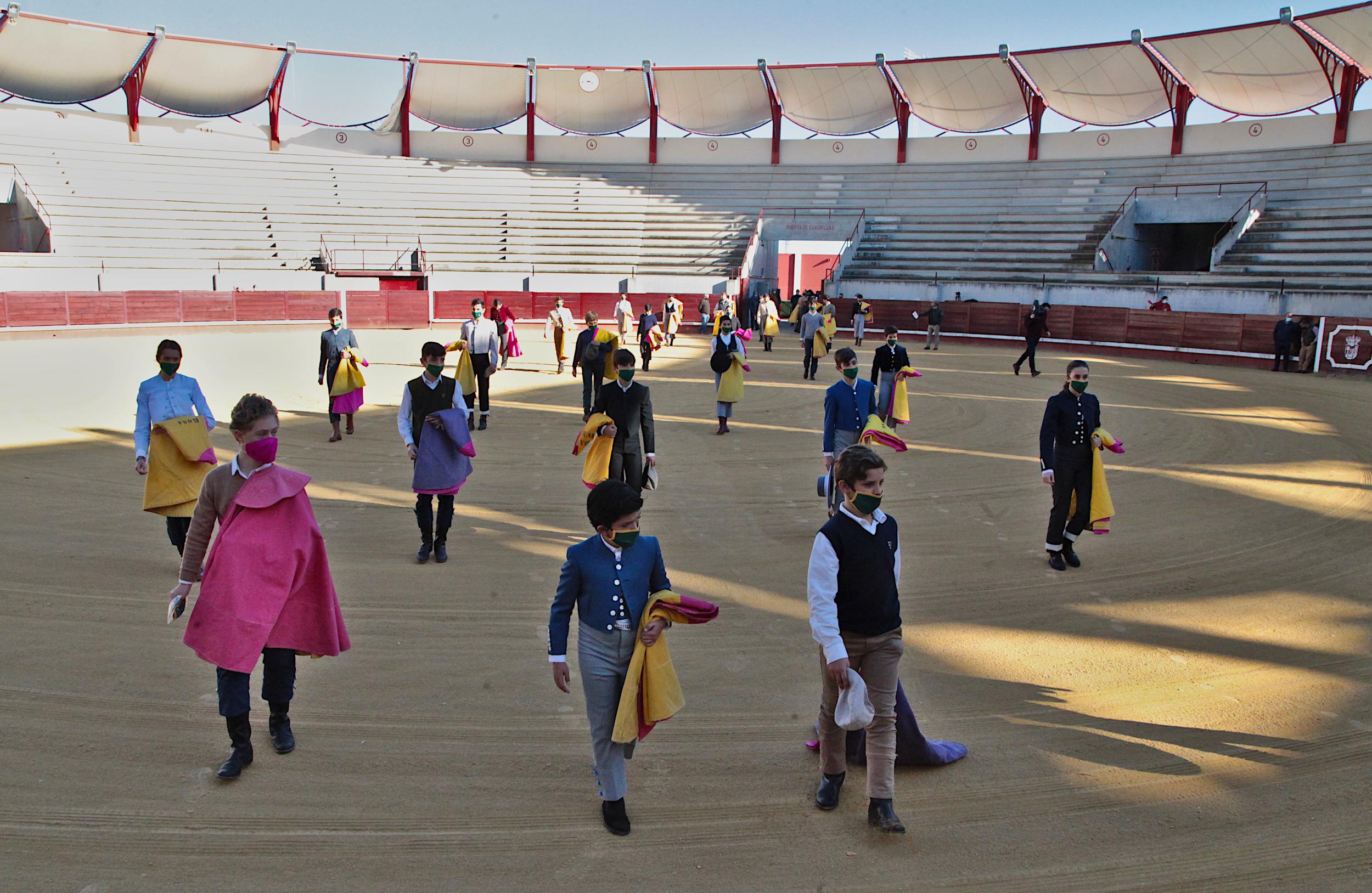 Imagen de la noticia: El BOP publica la oferta de plazas para la Escuela ...