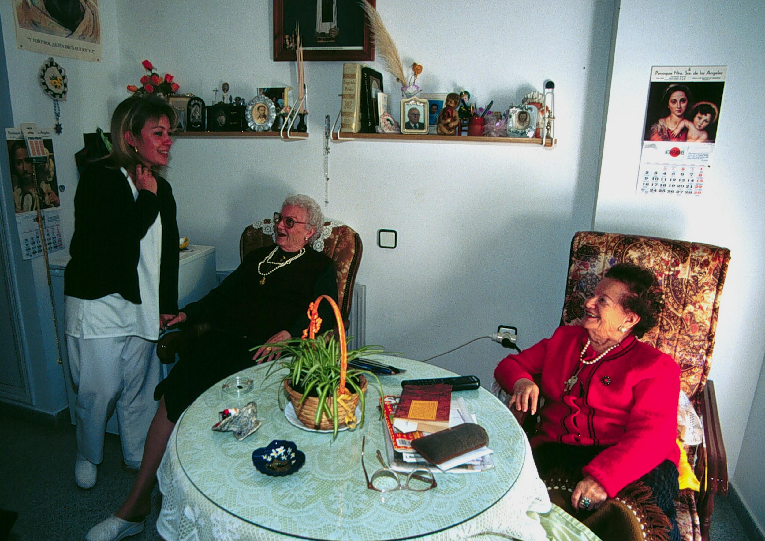 Imagen de la noticia: La Diputación subvenciona la atención personal e ...