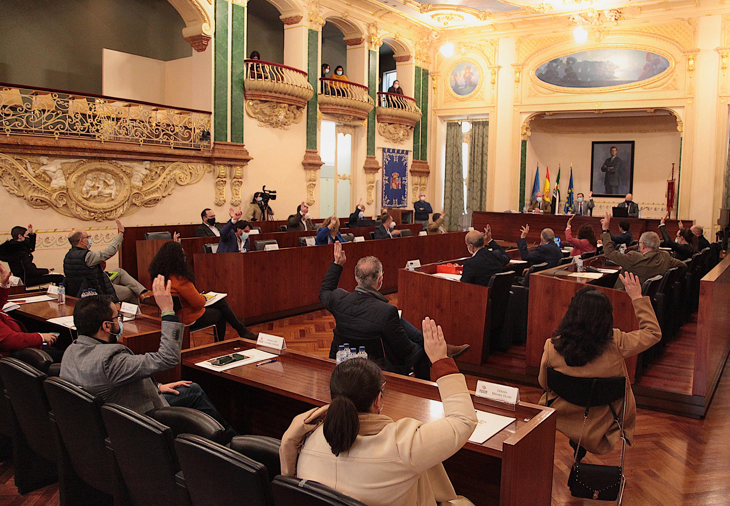 Imagen de la noticia: La Diputación aprueba en pleno el presupuesto 201 ...