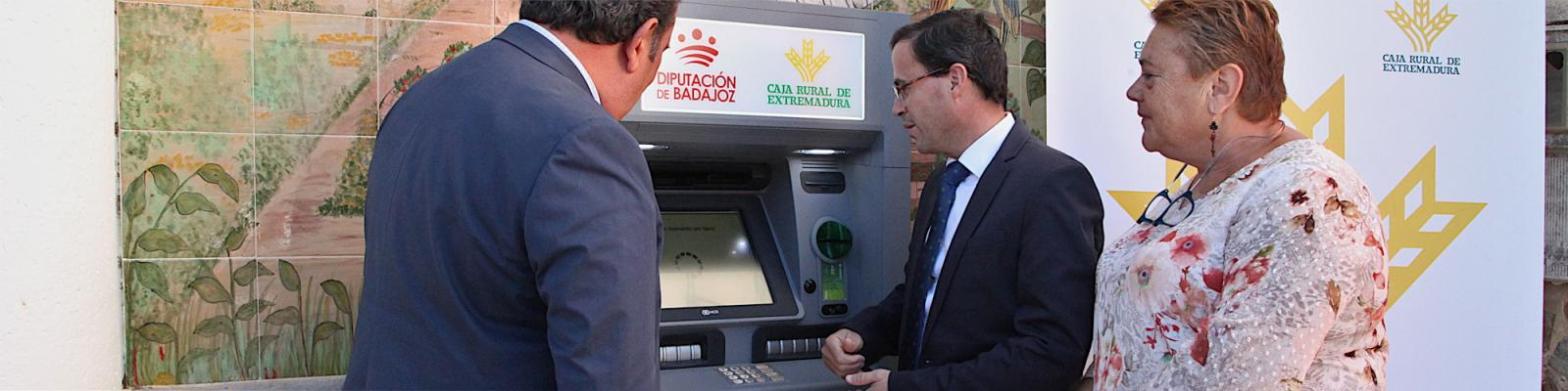 La provincia pacense figura entre las que cuentan con una mayor accesibilidad al dinero en efectivo  del país
