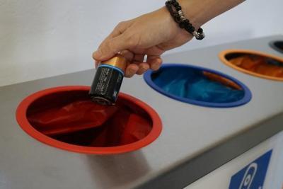 Imagen de la noticia Promedio facilita el reciclaje de más de 7 toneladas de pil?>