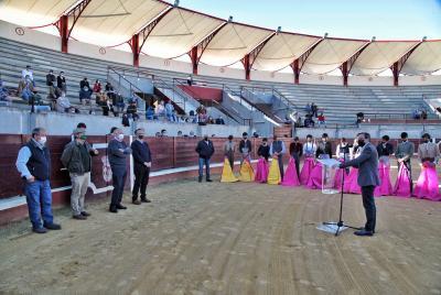 Imagen de la noticia: El presidente de la Diputación asiste a la clausu ...