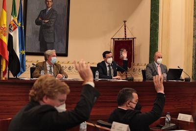 Imagen de la noticia: El presidente de la Diputación anuncia la celebra ...