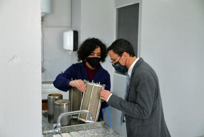 Imagen de la noticia: El laboratorio de control de calidad de materiales ...