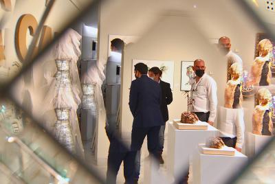 Imagen de la noticia Artistas del Casco Antiguo de Badajoz exponen en la Sala Vaq?>
