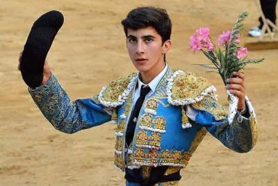 Imagen de la noticia La Diputación de Badajoz y la Escuela Taurina desean una pr?>