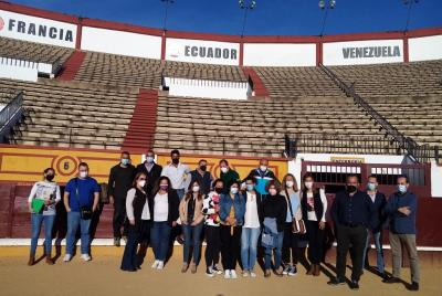 Imagen de la noticia: La Escuela Taurina de Badajoz organiza un taller d ...
