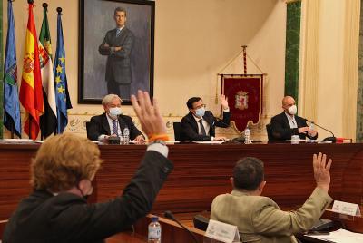 Imagen de la noticia: La Diputación de Badajoz aprueba por unanimidad e ...