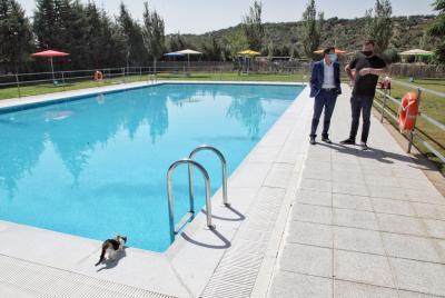 Imagen de la noticia: El presidente de la Diputación ha visitado hoy la ...