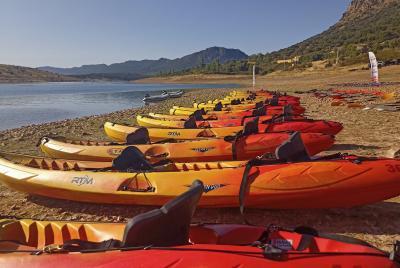 Imagen de la noticia Españoles y portugueses realizan las travesías en kayak ce?>