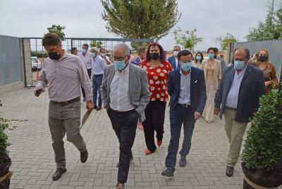 Imagen de la noticia: El presidente de la Diputación valora que el sect ...