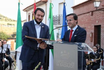 Imagen de la noticia: La Diputación de Badajoz colaborará en los prime ...
