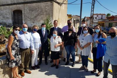 Imagen de la noticia: El presidente de la Diputación de Badajoz inaugur ...