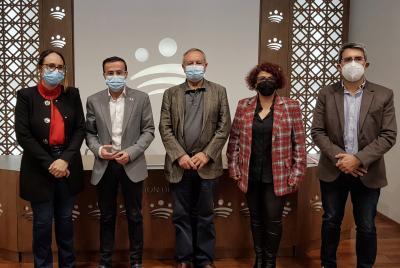 Imagen de la noticia La Diputación de Badajoz aporta 60.000 euros para mejorar l?>